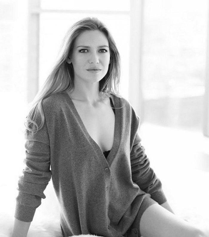 Anna Torv Nago. Zdjęcie - 3