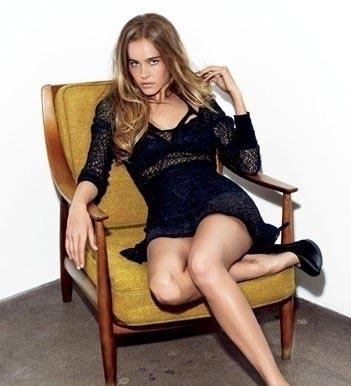 Isabel Lucas Desnuda y Follando