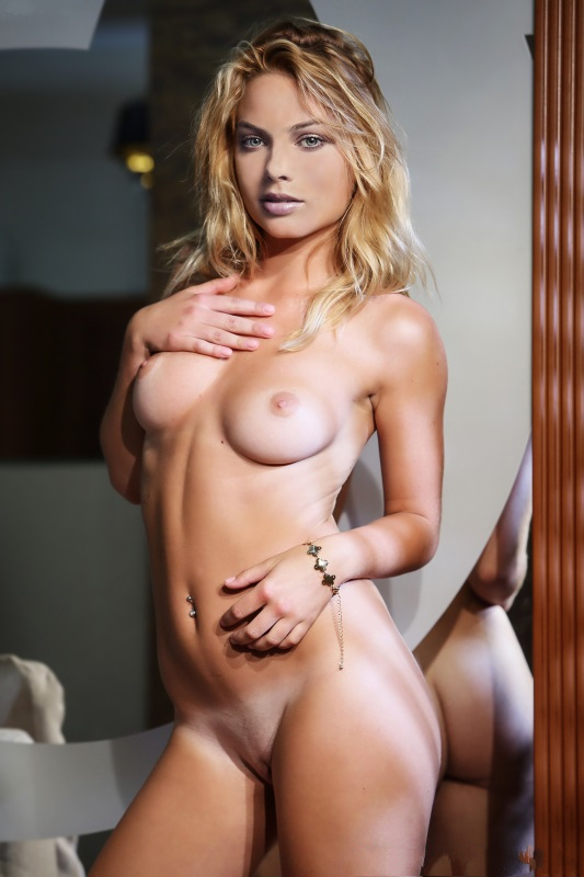 Margot Robbie Nude. Photo - 61