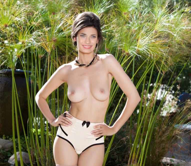 Naked teresa palmer Teresa Palmer: