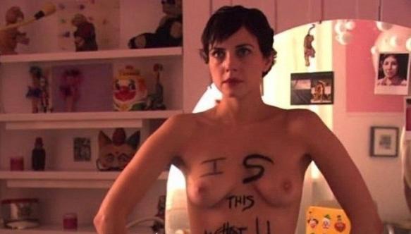 Kirshner  nackt Mia Mia Kirshner