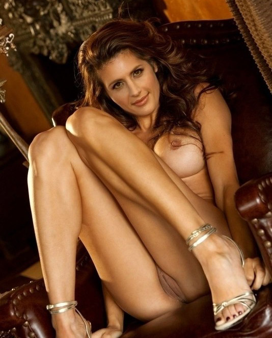 kate-of-the-castle-naked-in-porn