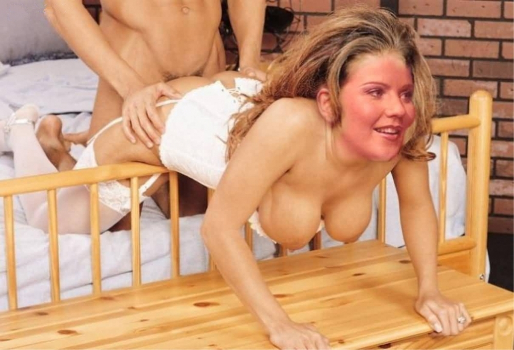 Aleksandra Bechtel  nackt