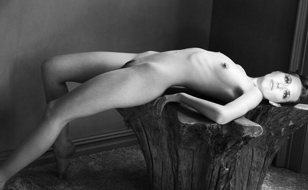 Nackt jung Svenja Jung