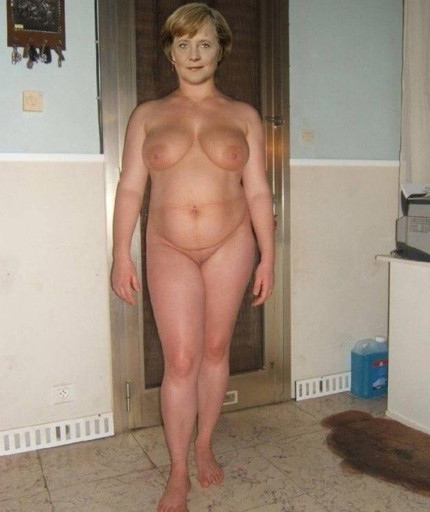 Angela Merkel Nude. Photo - 11