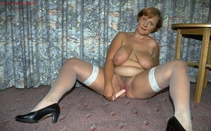 Angela Merkel Nude. Photo - 4