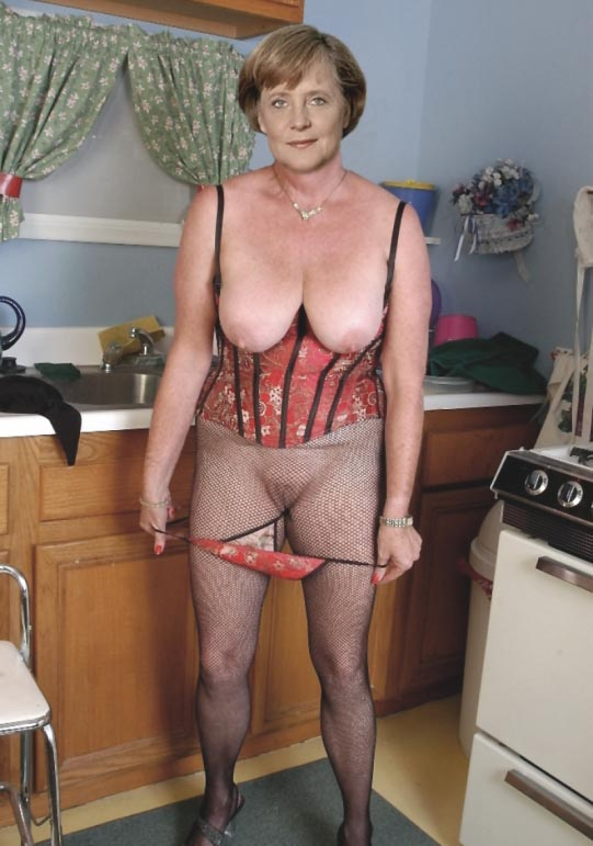 Angela Merkel Nago. Zdjęcie - 42