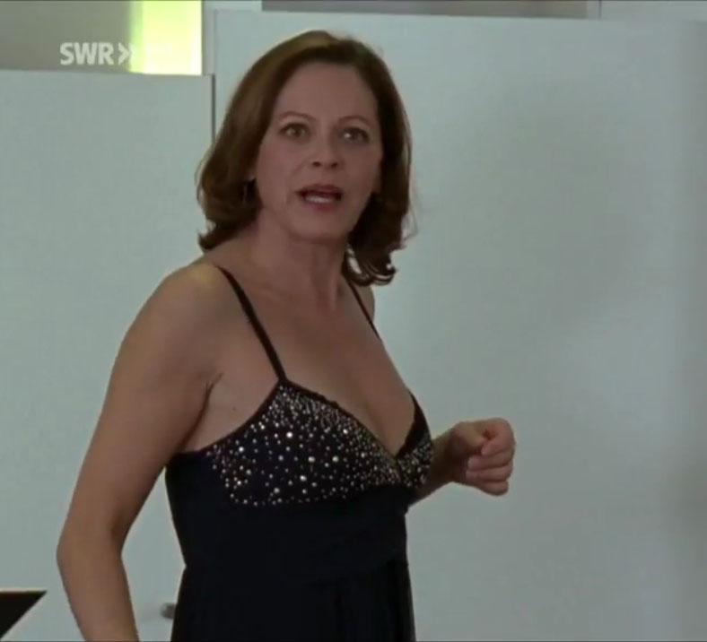 Angela Roy Nackt. Foto - 2
