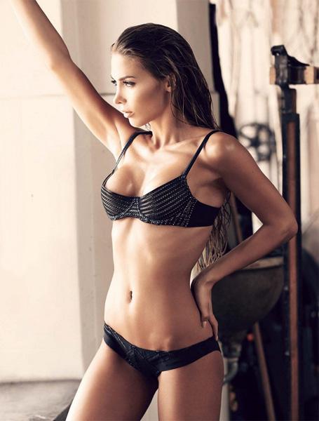 Heiße Nacktbilder von Ann-Kathrin Brömmel! » Nacktefoto