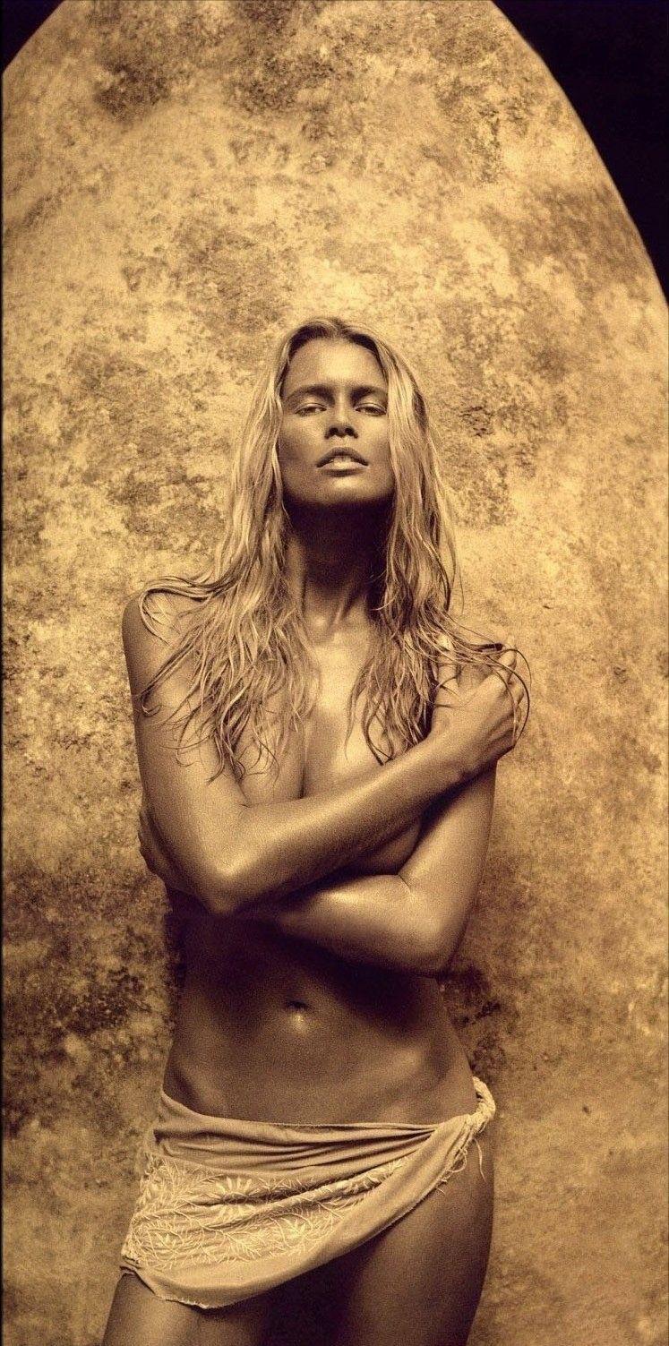 Claudia Schiffer Nackt. Foto - 30