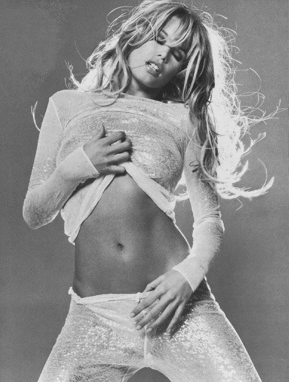 Claudia Schiffer Nackt. Foto - 35