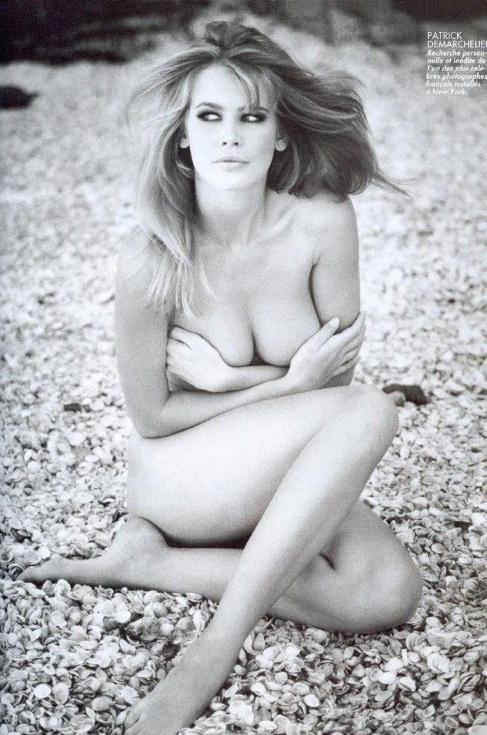 Claudia Schiffer Nackt. Foto - 38