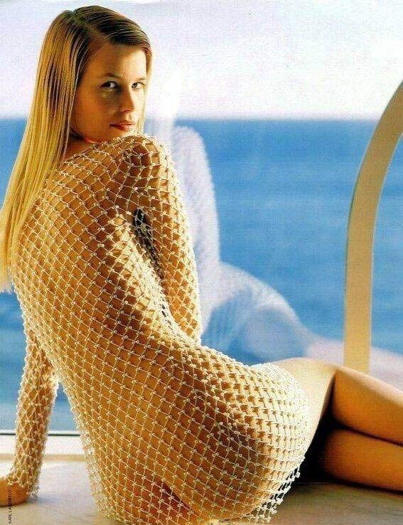 Claudia Schiffer Nackt. Foto - 40