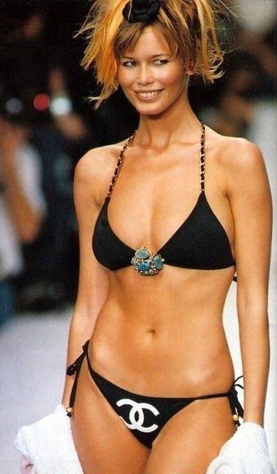 Claudia Schiffer Nackt. Foto - 43