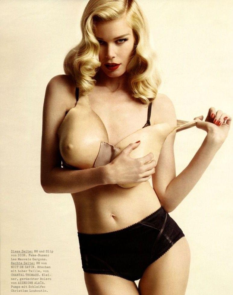 Claudia Schiffer Nackt. Foto - 7