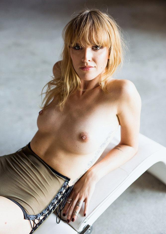 Cosima Viola Nackt. Foto - 22