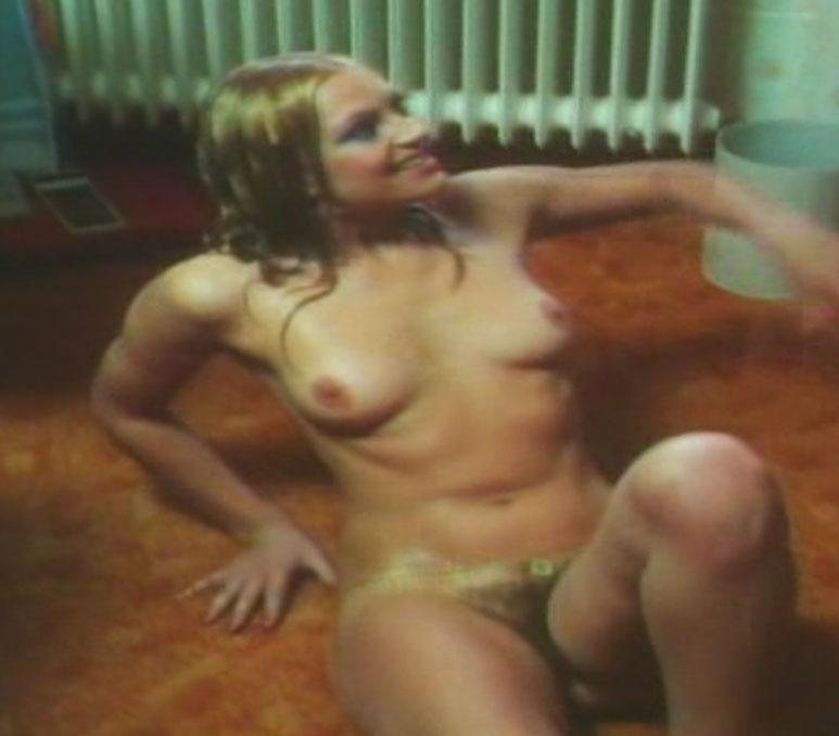 Nackt  Helga Bender NUDE GERMAN