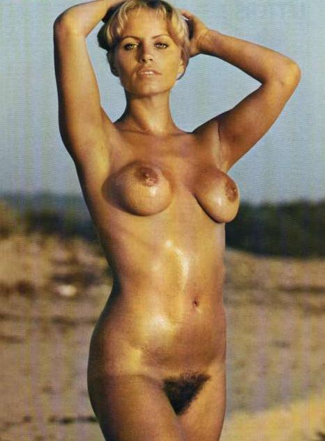 Jung  nackt Joanna 43 Sexiest