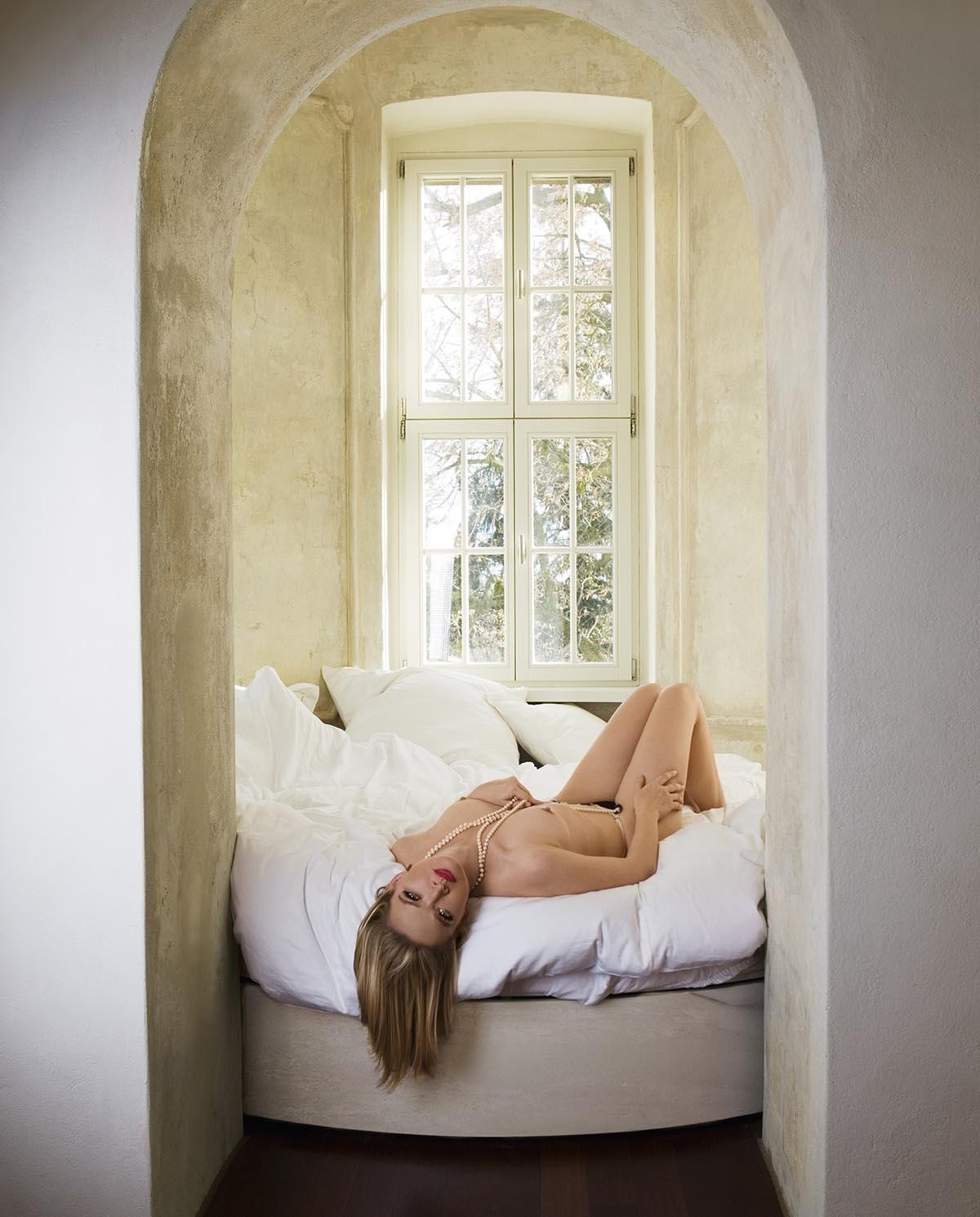 Julia Biedermann Nackt. Foto - 6