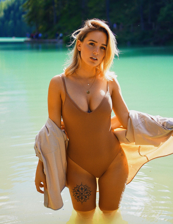 Julia Römmelt Nackt. Foto - 17