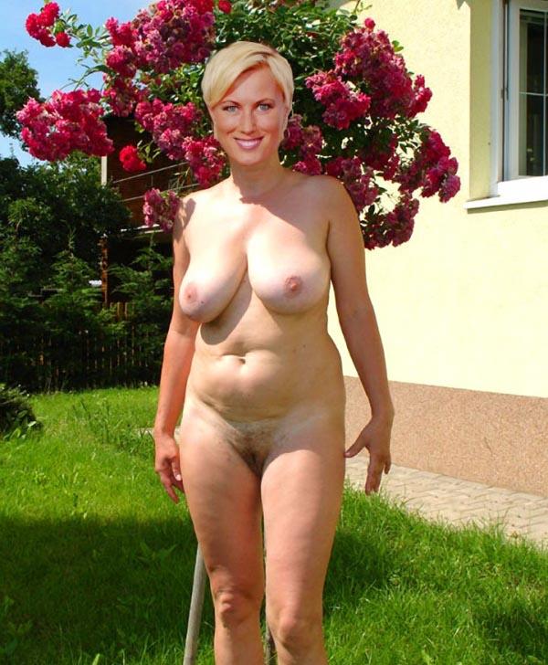 Kamilla Senjo Nackt. Foto - 7