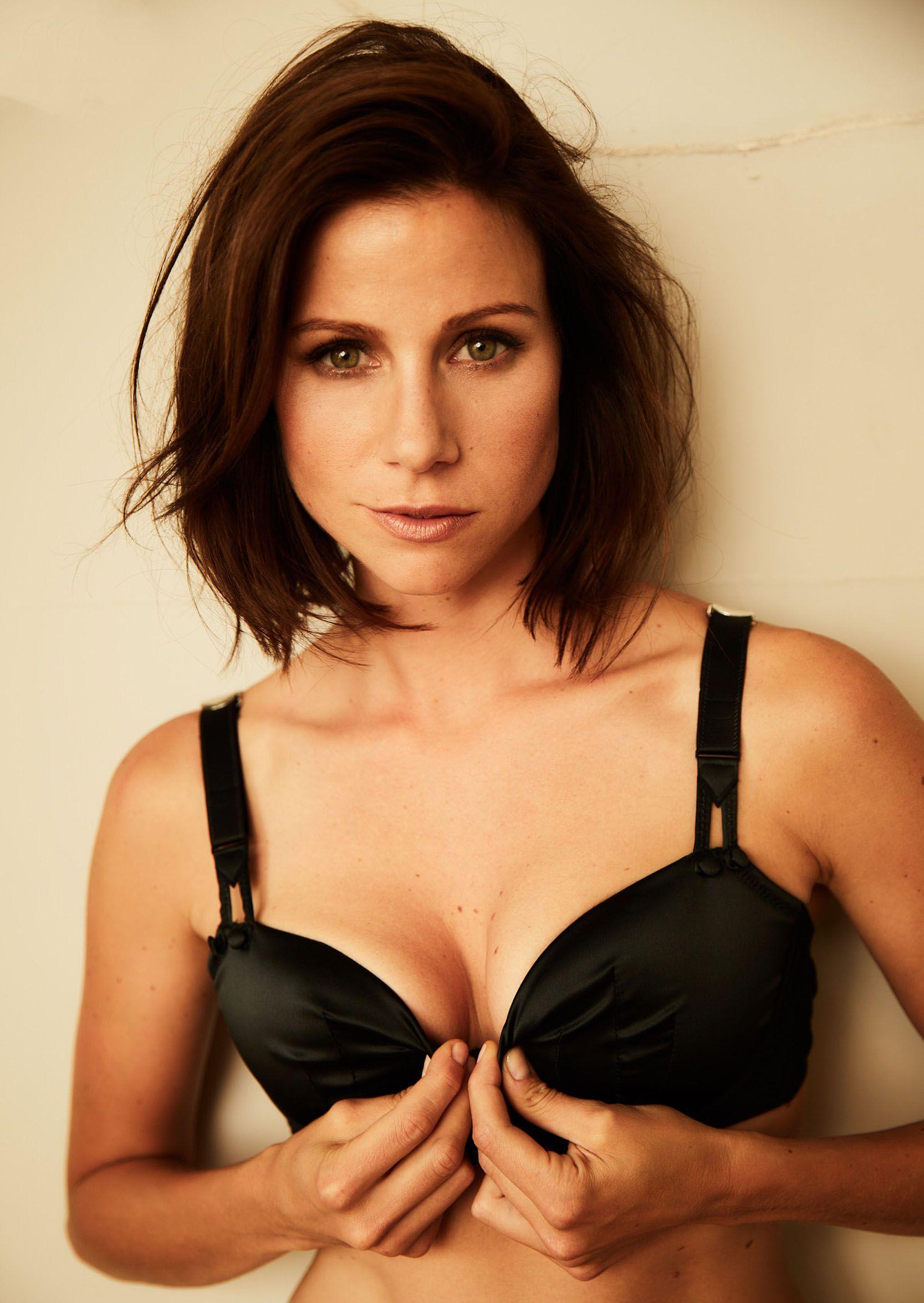 Bilder katrin heß nackt Sexy Schauspielerin
