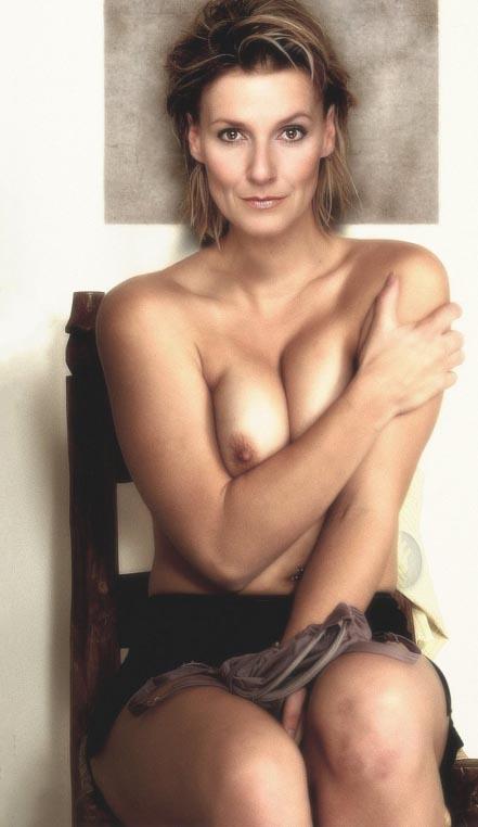 Fisher brüste kim Kimberly Fisher
