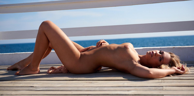 Lara-Isabelle Rentinck Nackt. Foto - 26