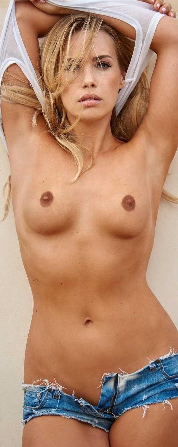 Lara-Isabelle Rentinck Nackt. Foto - 3