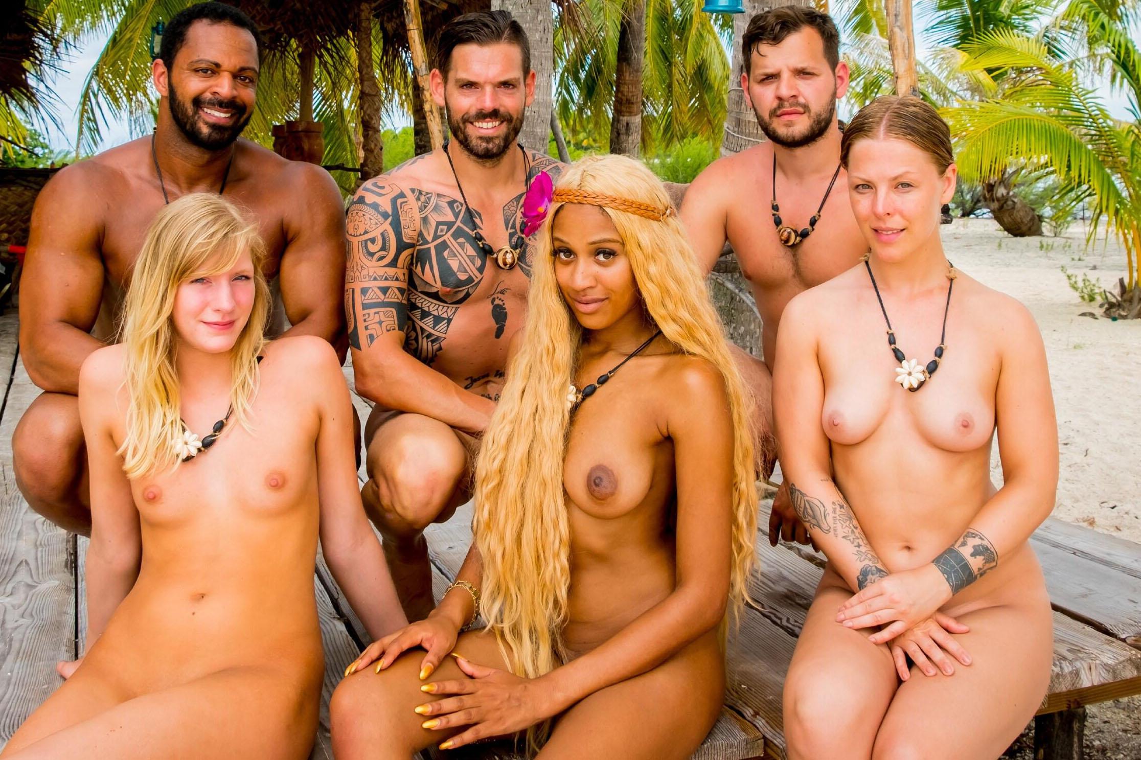 Bartsch nackt leonie Adam sucht