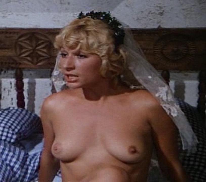 Marie-Luise Schramm  nackt