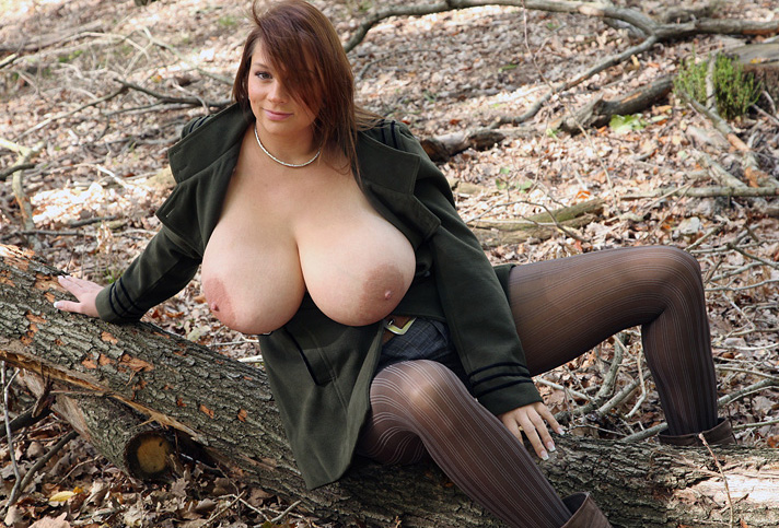 Nadine Jansen Nackt. Foto - 186