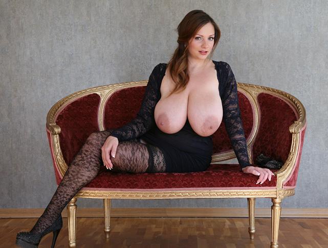 Nadine Jansen Nackt. Foto - 208