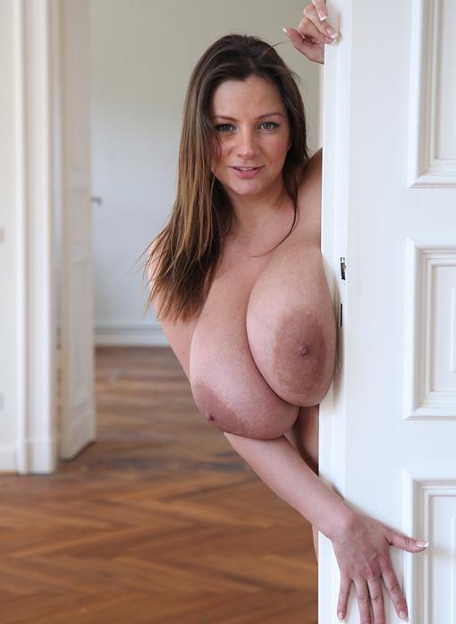 Nadine Jansen Nackt. Foto - 239