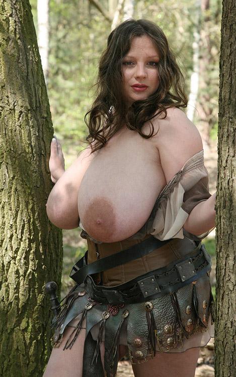 Надин Янсен голая. Фото - 78