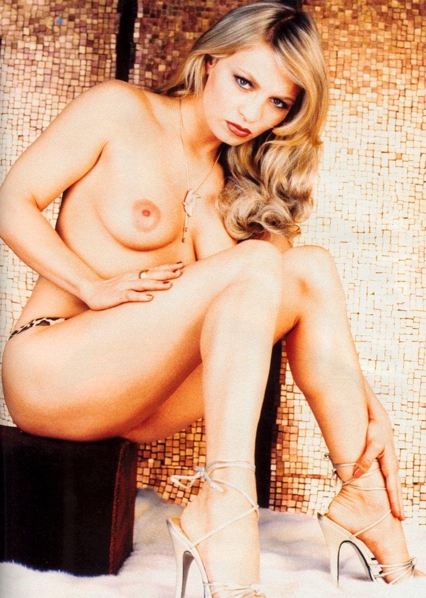 Nackt christina halmich Christina Halmich,