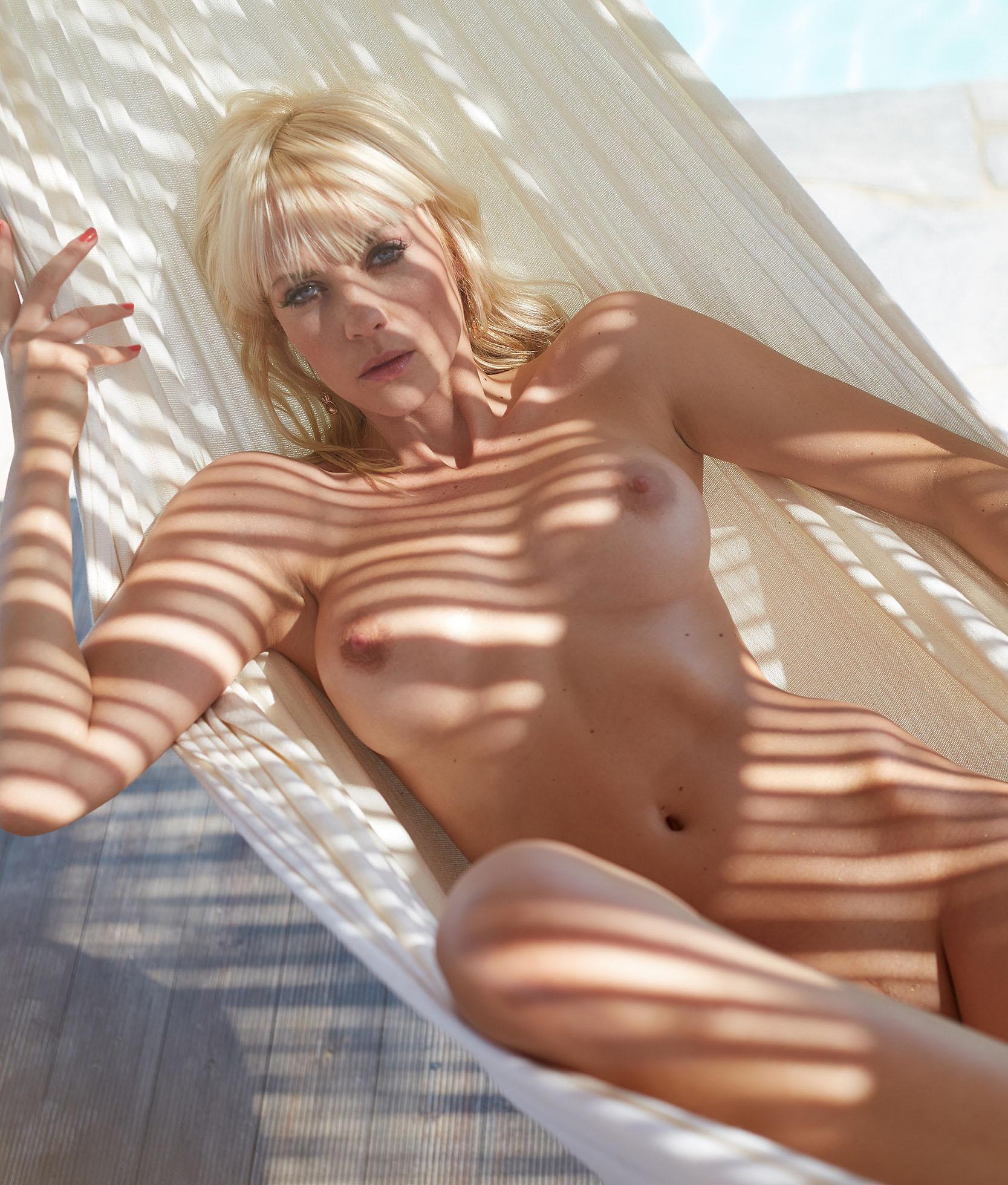 Sarah Domke Nackt. Foto - 16