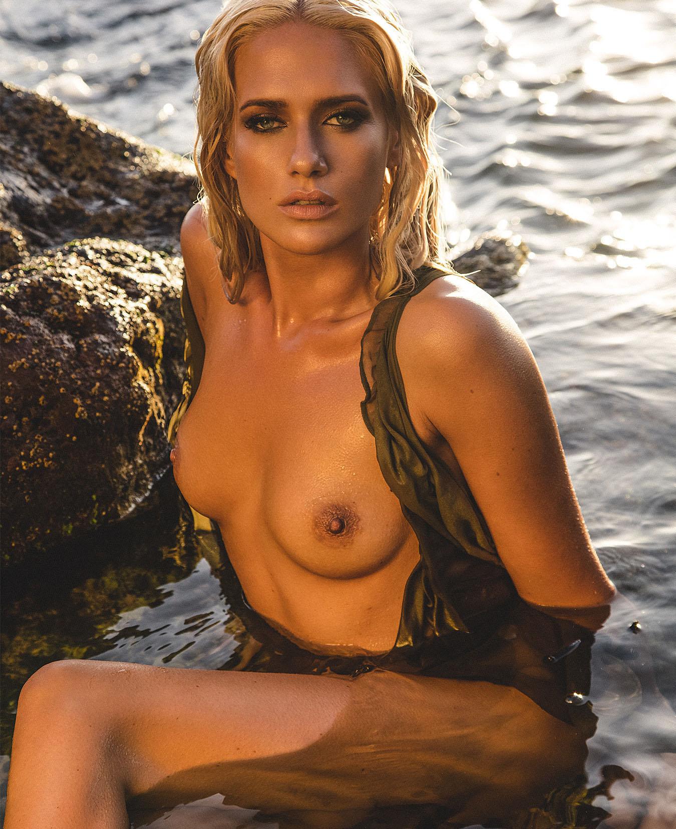 Sarah Knappik Nackt. Foto - 3
