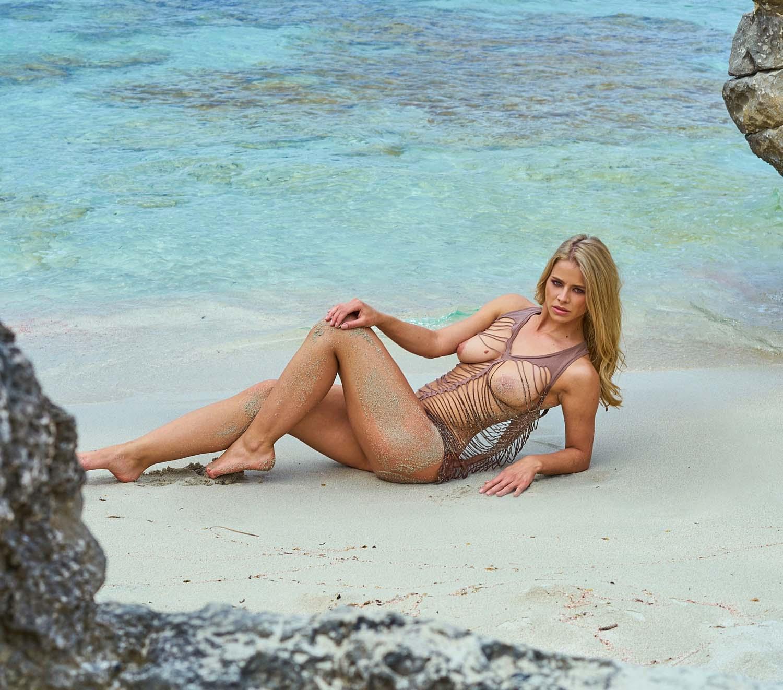 Saskia Atzerodt Nackt. Foto - 44