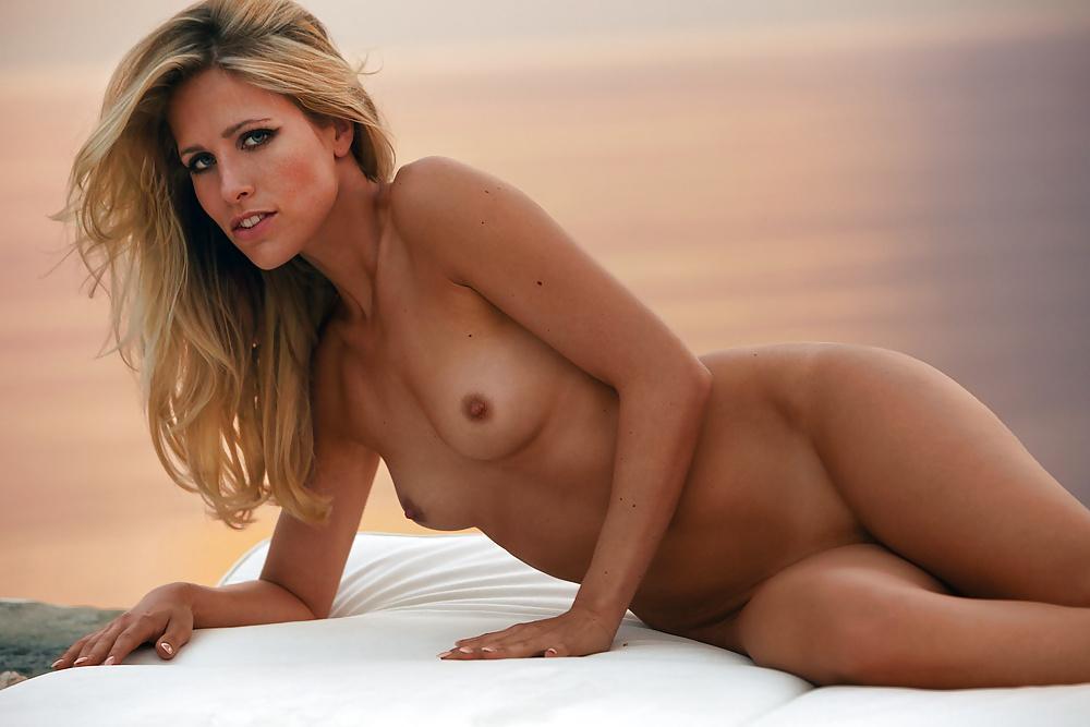 Sissi Fahrenschon Nackt. Foto - 16