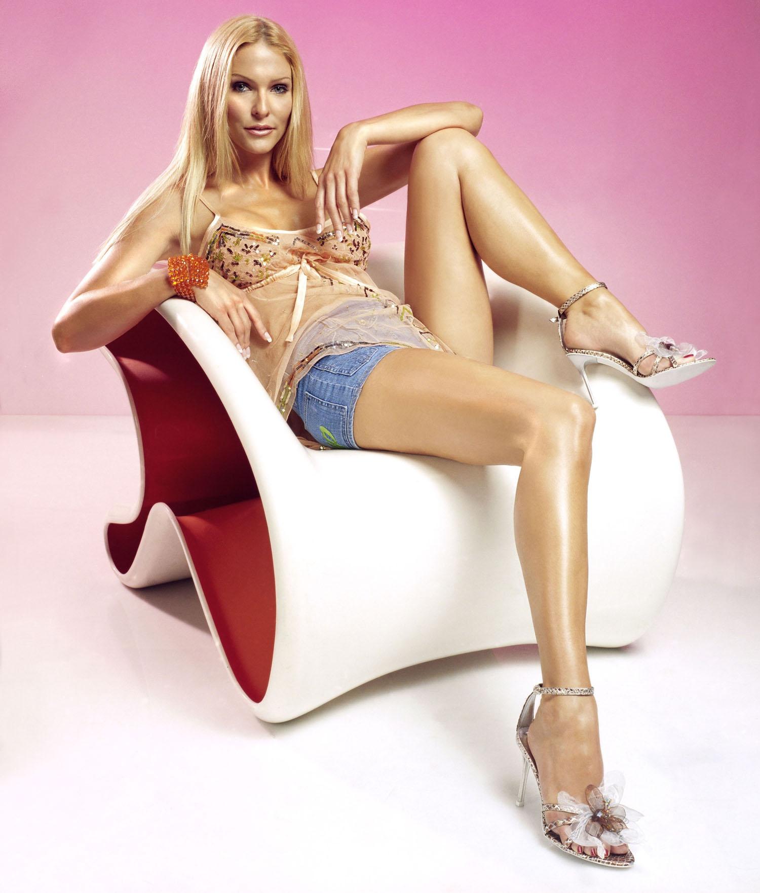 Sonya Kraus: Deshalb ist sie stolz auf ihre Nacktfotos