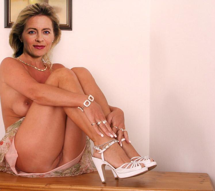 Ursula von der Leyen  nackt