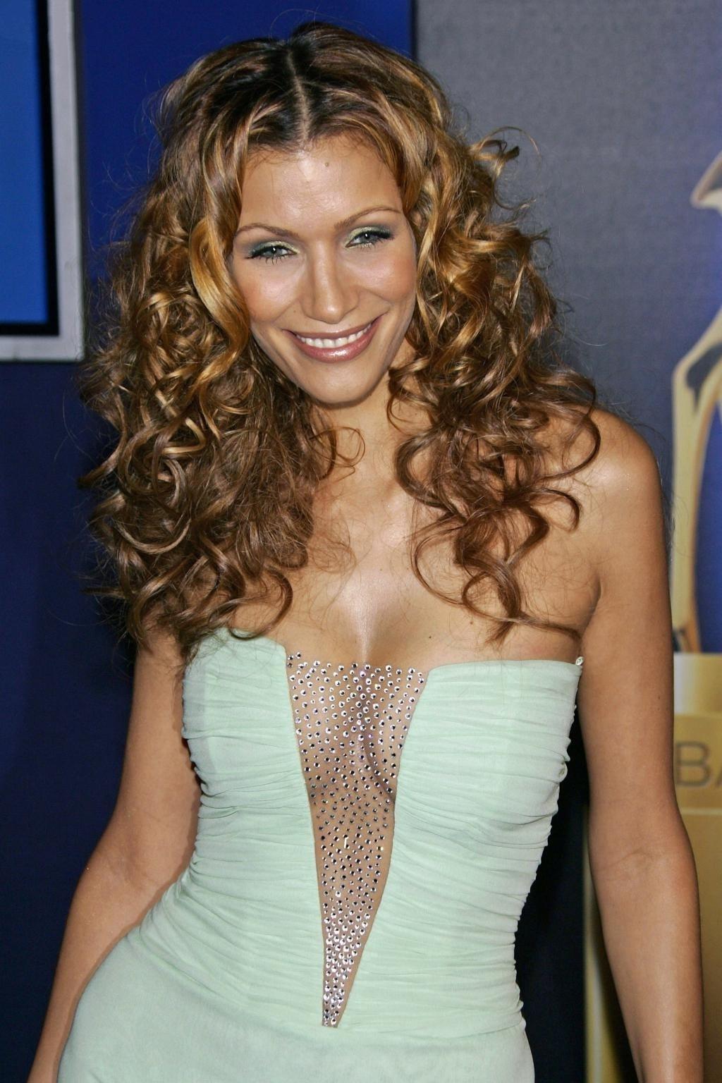 Yasmina Filali: ihre Nacktfotos sind Kunst! » Nacktefoto