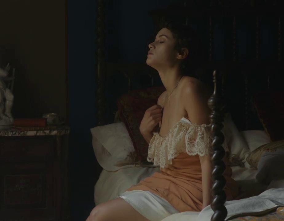 Aida Folch ¡Completamente desnuda!