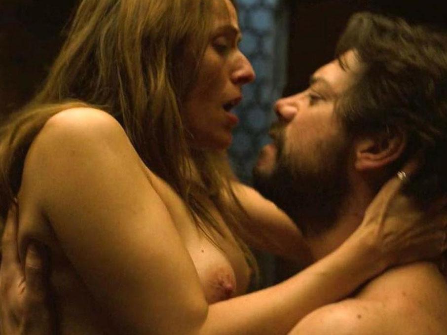 Itziar Ituño desnuda en casi todas sus interpretaciones