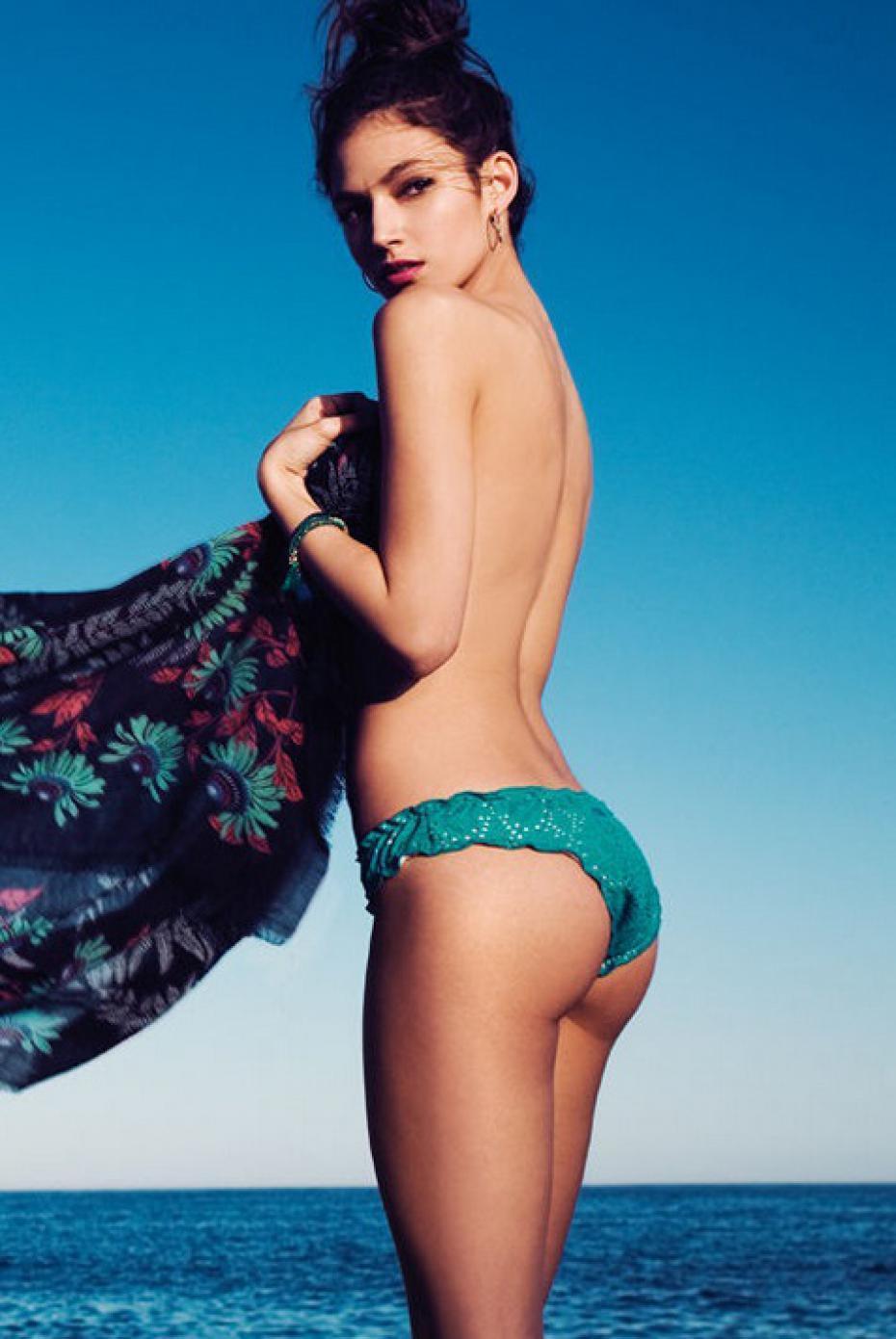 El impresionante culo de Úrsula Corberó y sus fotos más sexys