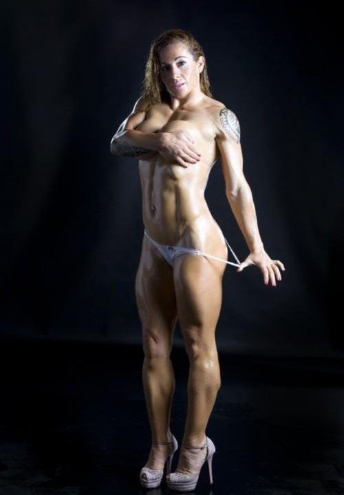 Victoria Lomba Desnuda — completamente