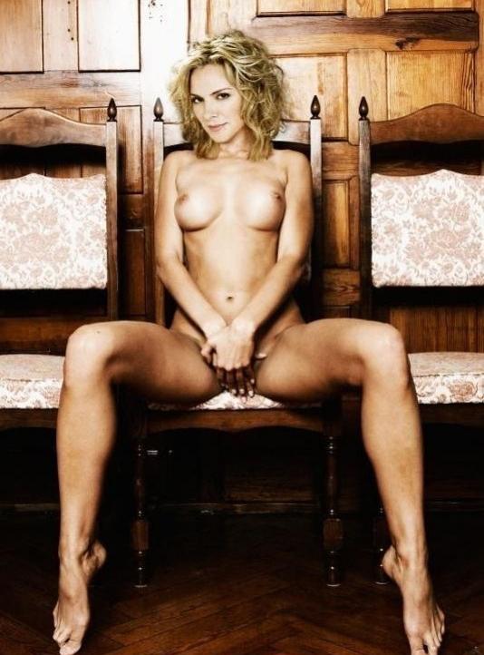 Kim Cattrall Nackt. Foto - 2