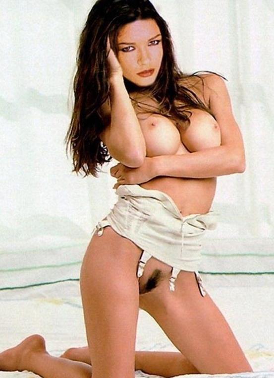 Кэтрин Зета-Джонс голая. Фото - 157