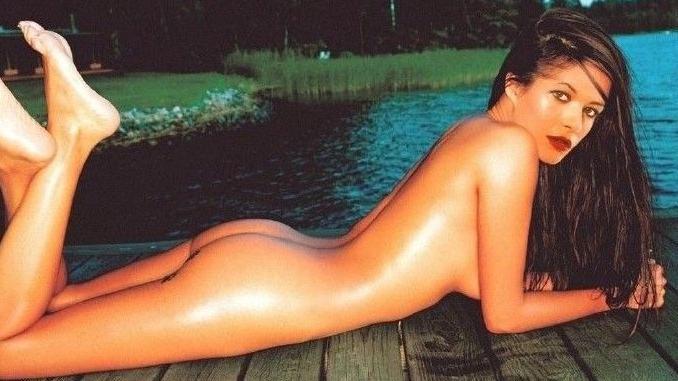 Кэтрин Зета-Джонс голая. Фото - 161